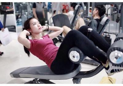 Vì sao bạn không nên tập gym hàng ngày?